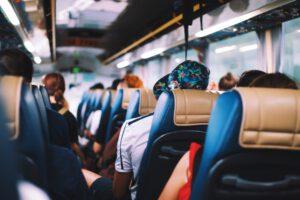 Bus od drzwi do drzwi Polska Niemcy - dlaczego warto korzystać z takiego przewozu?